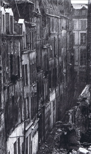 Rue Brantôme en 1974, avant la destruction de l'îlot insalubre. Photo Marc Petitjean.