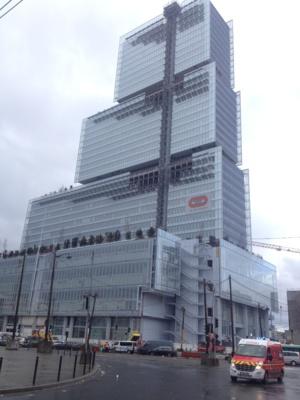 TGI de Paris, le nouveau tribunal de grande instance de l'architecte Renzo Piano à Batignolles. Théâtre du procès à venir.