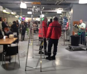 Intervention des pompiers particuliers du Poste Central de surveillance de l'ASL pour une fuite dans le magasin Leroy Merlin le vendredi 23 janvier 2015.