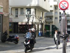 Terrasses des bars ou scooters, les sources d'incivilité sont nombreuses dans le Quartier de l'Horloge.