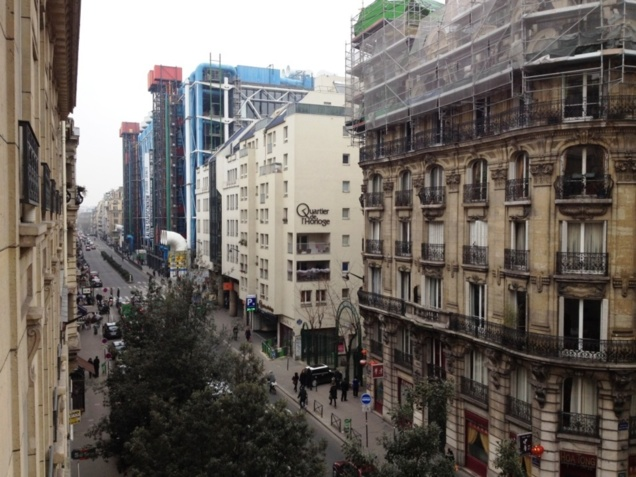 Quartier de l'Horloge, HLM et bureaux sur la rue Beaubourg