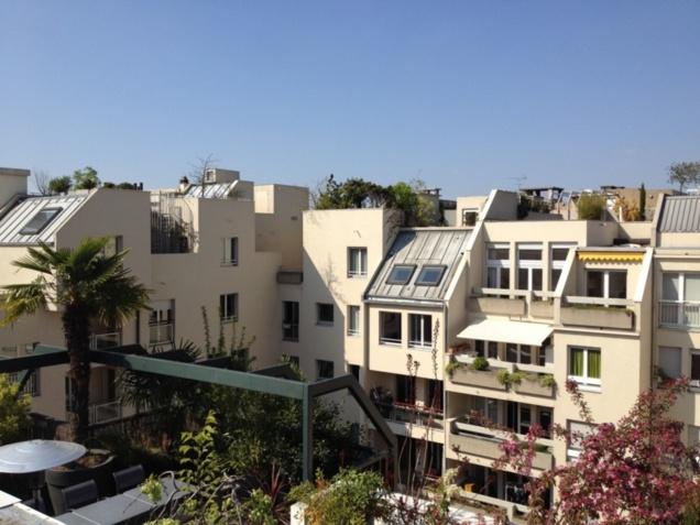 Merveilleux jardins de Babylone sur les toits du Quartier de l'Horloge