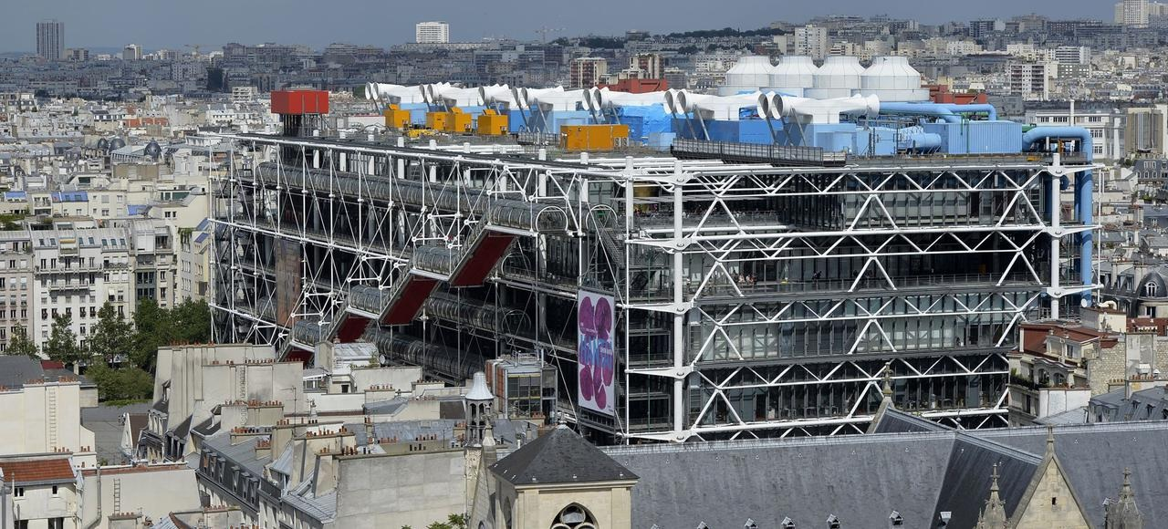 "Le Centre Pompidou transperce le ""plafond parisien"". Photo MM-AFP"