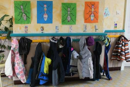 Pour les syndicats d'enseignants « Paris joue les équilibristes avec sa carte scolaire ». Pascal Pavani / AFP